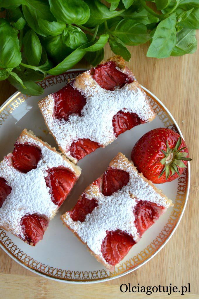 ciasto z truskawkami przepis